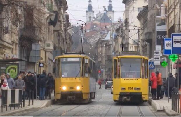 Транспорт Львова, скрин из видео
