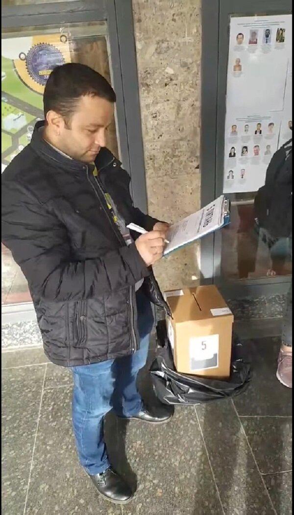 Андрій Попик проходить опитування Володимира Зеленського, кадр з відео: Facebook