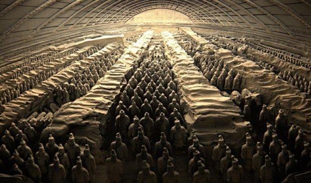 """Китайцы нашли у себя """"божественные"""" корни"""