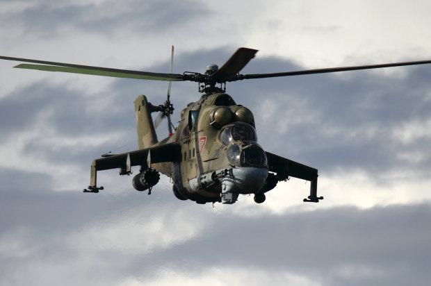 Ліквідація російського безпілотника українським вертольотом: яскраве відео
