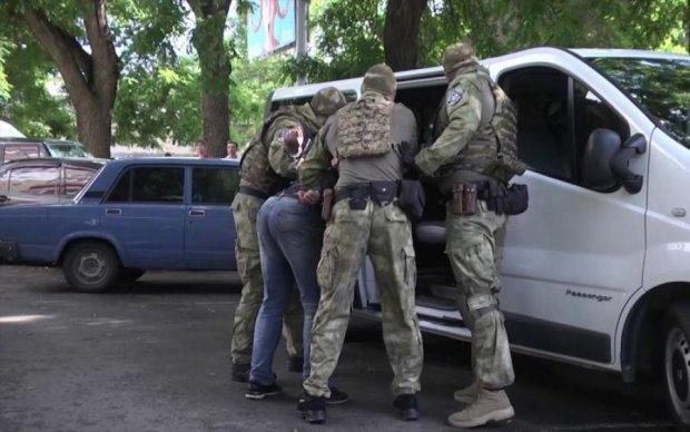 Львовские полицейские задержали половину мужчины