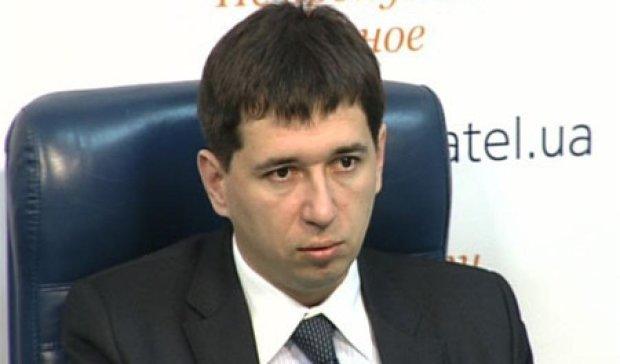 Госслужащий должен получать 1500 евро - Шимкив