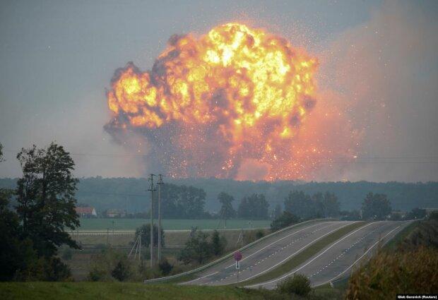 Повторення трагедії у Калинівці: під Вінницею вибухають військові склади, перші подробиці