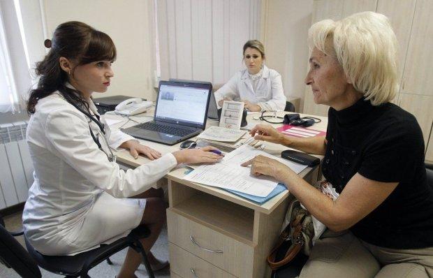 Смертельная болезнь косит украинцев: названы первые симптомы