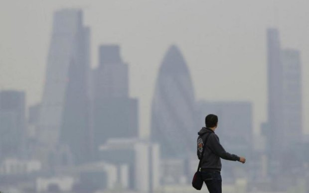 Екологічна катастрофа: киян закликають сидіти вдома
