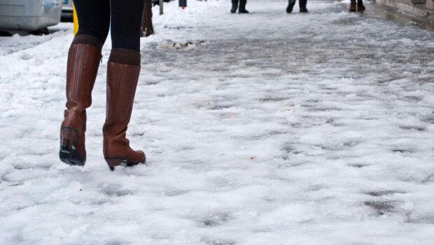 Гололедица во Франковске, фото: Галицкий корреспондент