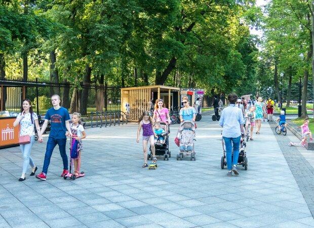 """Погода у Дніпрі на 29 серпня: літо влаштує українцям теплі """"проводи"""""""