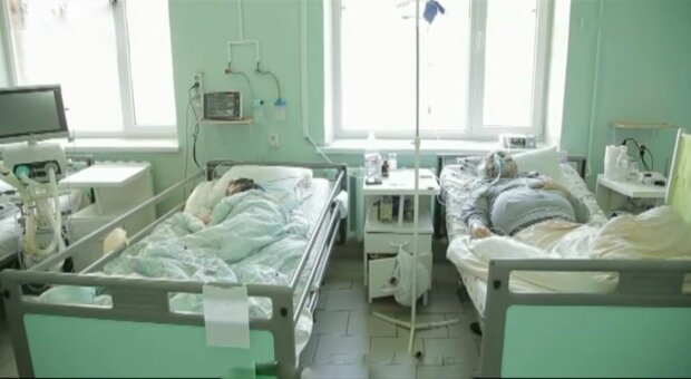 """Медицинская реформа в Запорожье бьет по самому больному - """"Никто не поможет"""""""