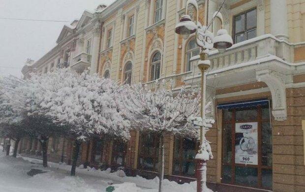 Погода устроит Ивано-Франковску температурные качели: о чем предупредили синоптики 7 декабря