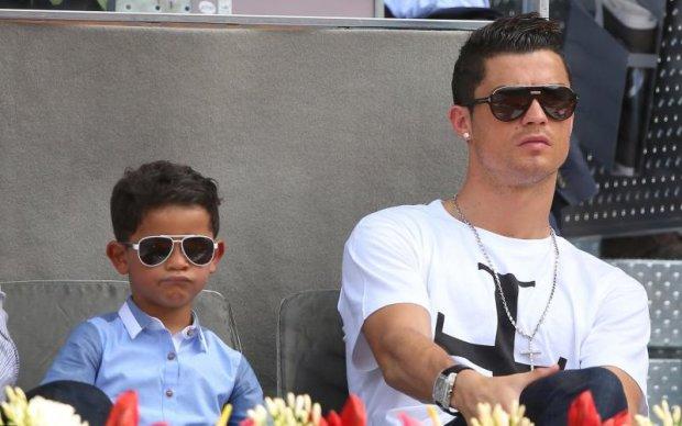 Роналду показав своїх новонароджених діточок