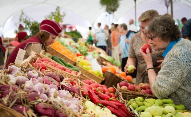 """""""Витамины"""" и мясо станут доступнее: какие продукты подешевеют летом"""