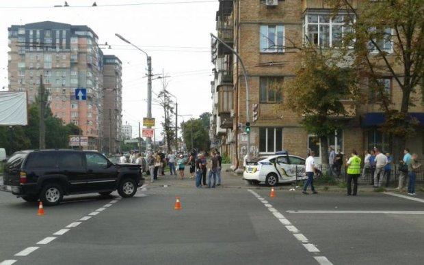 Жуткая авария в Киеве: пострадала целая толпа