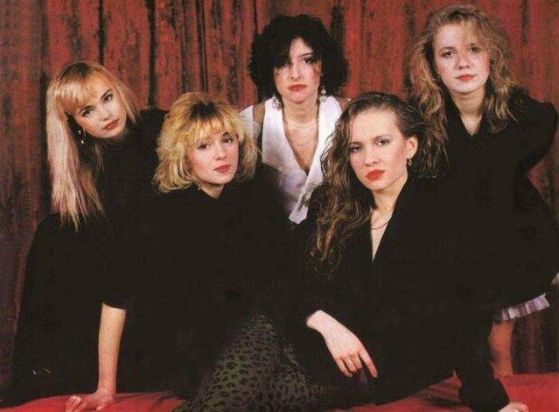 девушки из 90-ых, фото из свободных источников