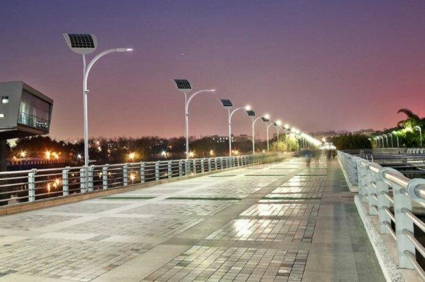 Освітлення вуличних ліхтарів шкодить сітківці ока