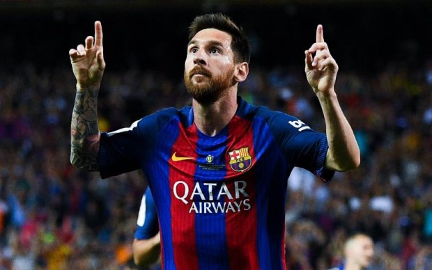 Святкові свічки для Лео: Як Барселона привітала Мессі з ювілеєм