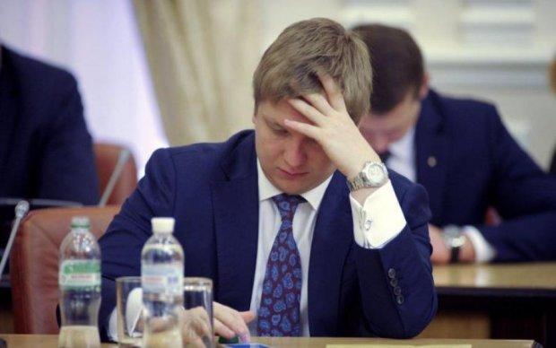 Коболев растранжирит деньги украинцев на новые премии