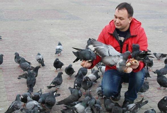 """Тернопільський священик-блогер помолився серед грибів: """"Ого, здоровенні"""""""