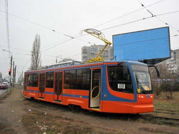 Одеситка показала пасажирам трамвая свою нижню білизну, причина такого вчинку вас здивує