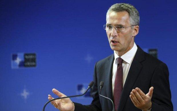 НАТО выбрал сторону в языковой войне Украины с Венгрией