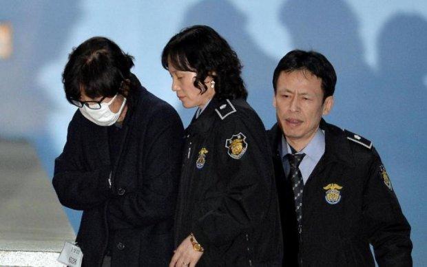 Суд кинув за ґрати подругу екс-президента Південної Кореї