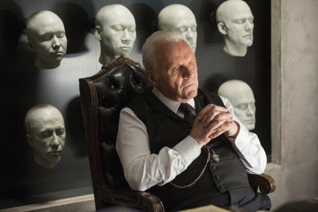 Ганнибал Лектер всех времен и народов поделился секретом: Хопкинс рассказал, как оставаться мужчиной в 81