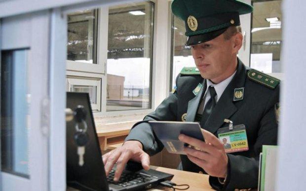 Експерт розповів, яким буде візовий режим з Росією