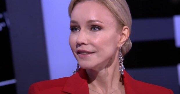 Вдова скандального режиссера Табакова попала в больницу: врачи зафиксировали нарушения в мозге