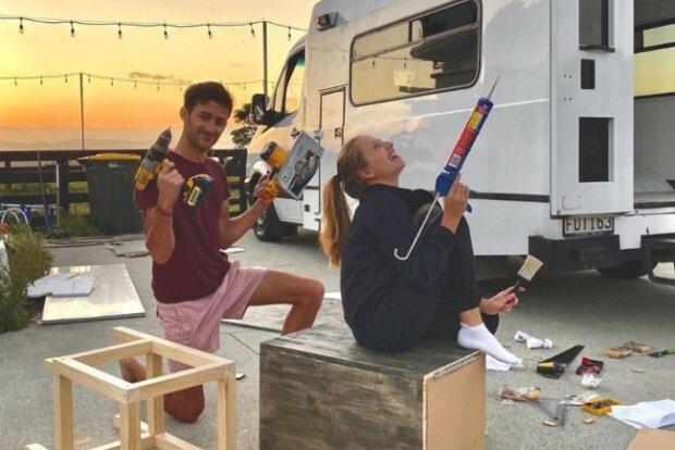Студенты создали жилье мечты на колесах, чтобы путешествовать, не выходя из дома