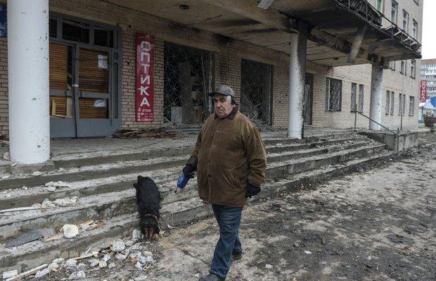 Украинцы шокированы зарплатами на Донбассе: русский мир – это голод, разруха, нищета