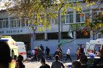 Одяг терориста і кров жертв досі там: як зараз виглядає місце бійні в Керчі