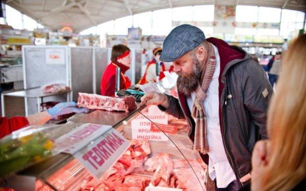 Мясо в Украине: кто ест со скидкой, а кто - переплачивает