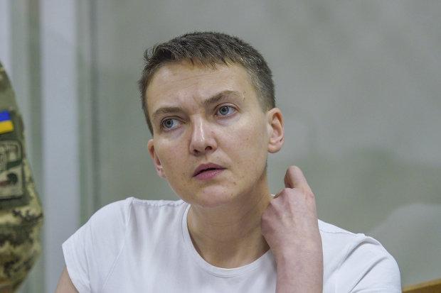 Савченко ослепла и оглохла, но продолжает вещать из СИЗО