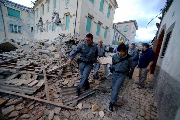 Мощное землетрясение в Италии смешало небо с землей: десятки жертв и руины, фото после апокалипсиса