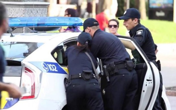 Понты для приезжих: в Киеве поймали банду псевдокопов