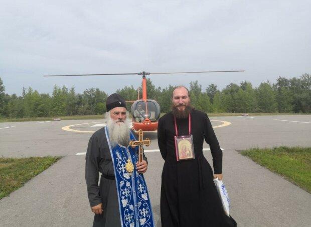 У Росії підняли в небо Божу Матір: боротьба з пекельними пожежами вийшла на новий рівень маразму