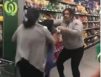 Бійка, кадр з відео