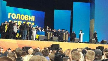 """""""Серед моїх друзів немає корупціонерів"""": Порошенко пояснив """"рукастість"""" своїх соратників"""
