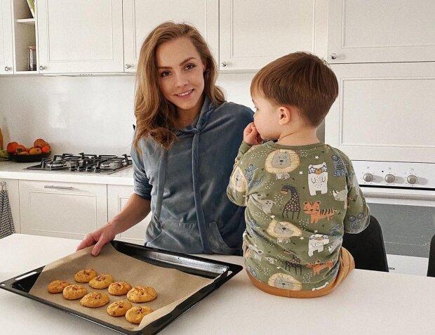 Алена Шоптенко с сыном, фото с Instagram