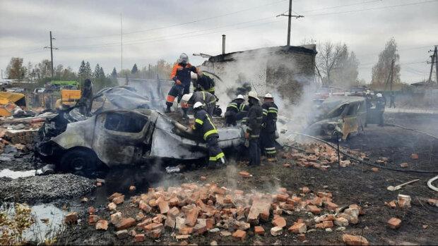 """Взрыв газа на Харьковщине унес еще одну жизнь, масштабы трагедии растут: """"Сделали все, что могли"""""""