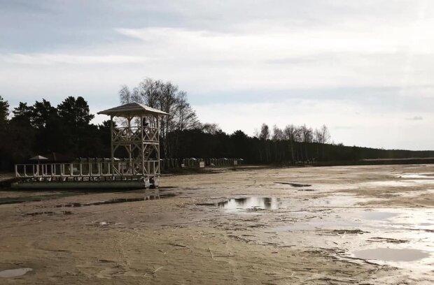 Найкрасивіша водойма України повільно помирає, кадри екологічної катастрофи