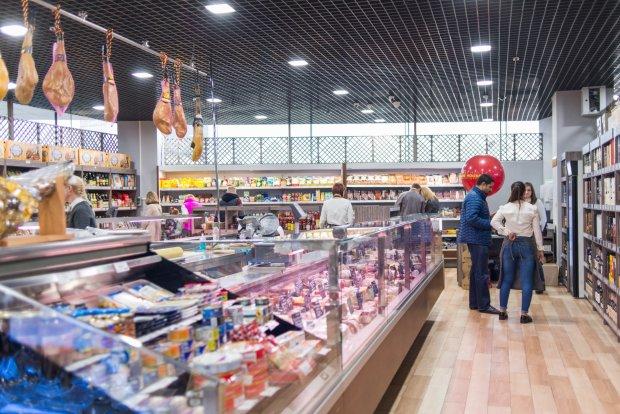 """""""Лохотрон"""" у супермаркеті: українець викрив підступну схему шахрайства, наварюють мільйони"""