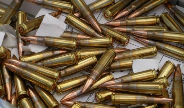 В Ірпіні затримали торговців зброєю (відео)