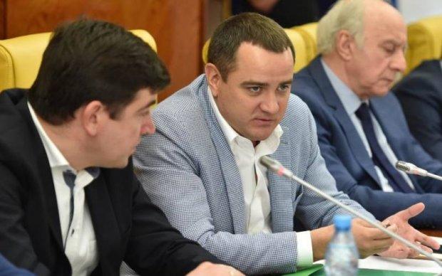 Без альтернативи: Обрано голову українського футболу