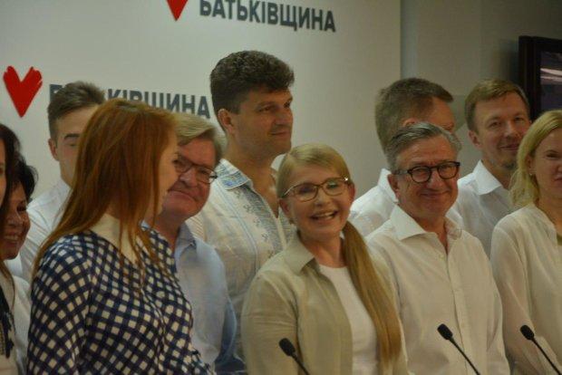 Підраховано 93% голосів: удар Тимошенко поставив хрест на надіях Порошенка