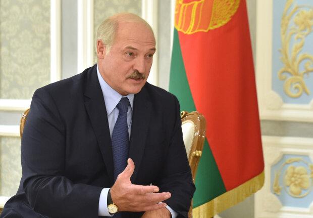 """Лукашенко впечатлился украинской армией: """"Тогда я не президент Беларуси"""""""