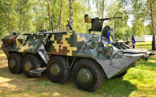 Полторак признался, кто дал Украине летальное оружие