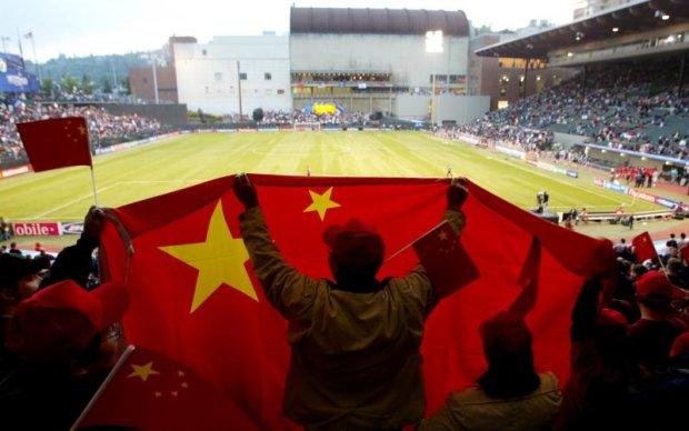 У Китаї введуть стовідсотковий податок на трансфери іноземних футболістів