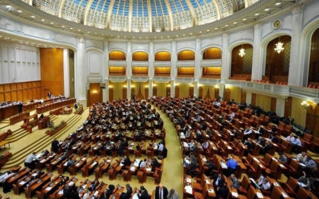 Не Росією єдиною: ще одна країна хоче відхапати частину України