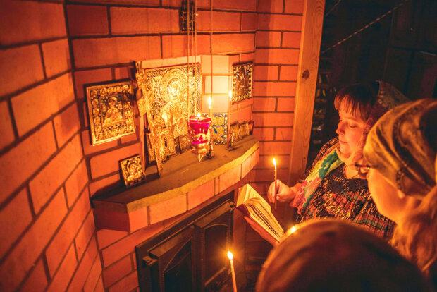 Молитва, фото из свободных источников