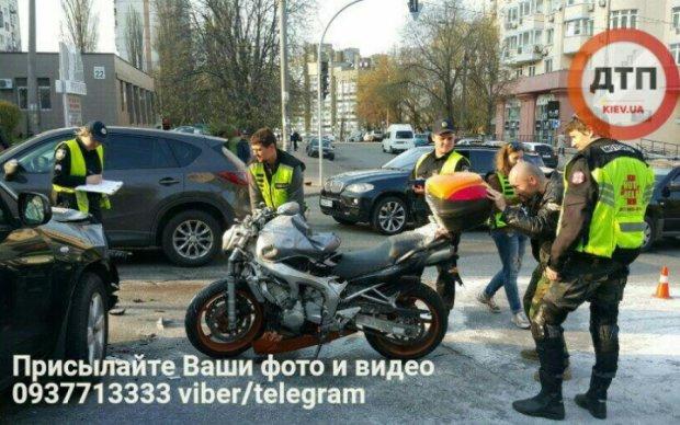 ДТП с известным байкером в Киеве: адвокат виновника мешал копам